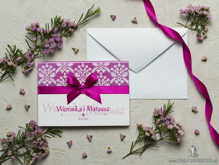 Zaproszenia ślubne z różowo-białym motywem florystycznym, satynową wstążką oraz kokardką. ZAP-17-02 - ZaprosNaSlub