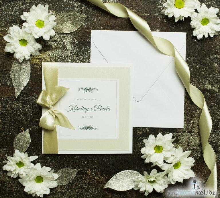 Bardzo prestiżowe zaproszenia ślubne z jasno-złotą kokardką, dwoma cyrkoniami, kilkoma warstwami ciekawego papieru (np. jasny z motywem przypominającym korę) oraz wklejanym wnętrzem. ZAP-71-38 - ZaprosNaSlub