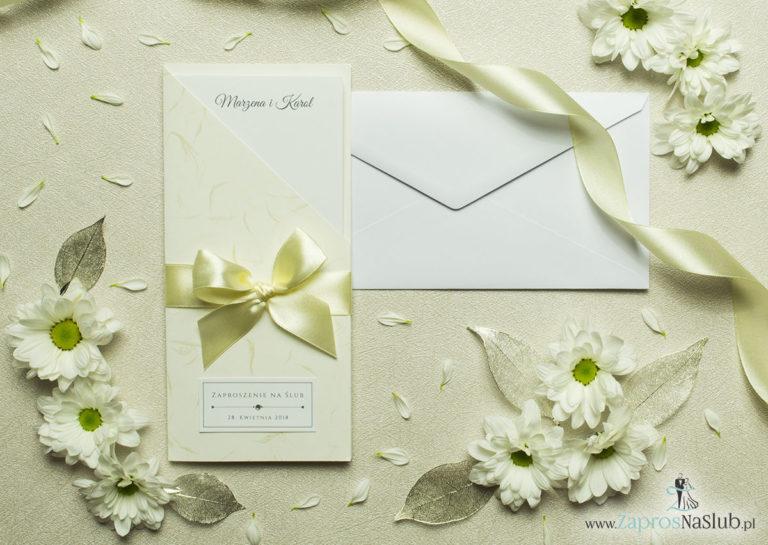 ZaprosNaSlub - Zaproszenia ślubne, personalizowane, boho, rustykalne, kwiatowe księga gości, zawieszki na alkohol, winietki, koperty, plany stołów - Wyjątkowo prestiżowe, dwuczęściowe zaproszenia ślubne. Charakterystyczna prostokątna okładka wykonana z papieru ze złotymi i niebieskimi motywami wiatru, kokardka ecru i wnętrze drukowane na jasnym papierze. ZAP-89-33