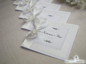 Bardzo prestiżowe zaproszenia ślubne z kokardką w kolorze ecru, dwoma cyrkoniami, kilkoma warstwami ciekawego papieru (np. z motywem srebrnych słojów drzew) oraz wklejanym wnętrzem. ZAP-71-30 (6)