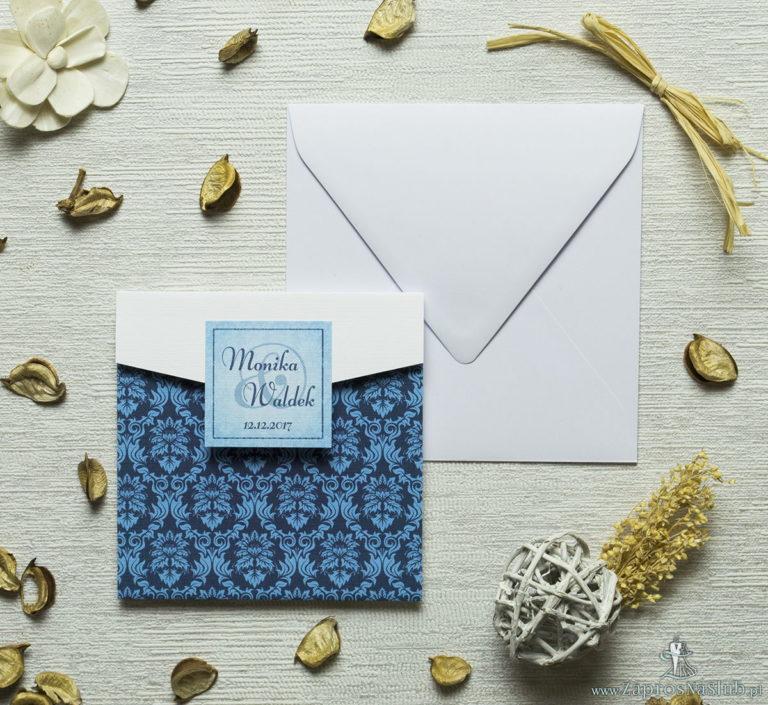 Zaproszenia z niebieskim motywem barokowym w kształcie koperty. ZAP-15-03 - ZaprosNaSlub