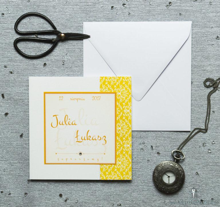 Rozkładane na trzy części zaproszenie z żółto-białą dekoracją i cyrkonią. ZAP-24-15 - ZaprosNaSlub