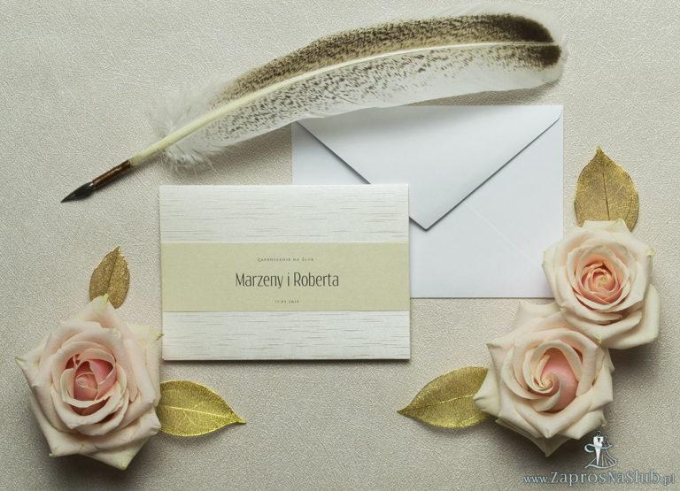 Wykonane na perłowo-srebrnym papierze z równoległymi liniami, eleganckie zaproszenia ślubne z motywem tekstowym na papierze perłowym. ZAP-52-38
