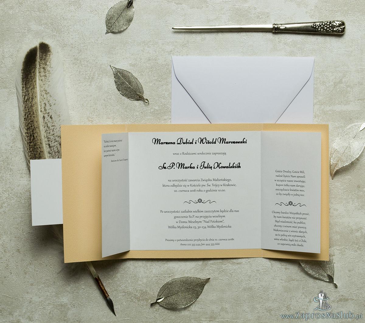 Stylowe zaproszenia ślubne w kolorze brzoskwiniowym, rozkładane na trzy części, z przyklejanym wnętrzem oraz motywem tekstowym. ZAP-74-12