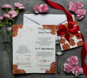 Niebanalne kwiatowe zaproszenia ślubne. Kwiaty - gerbera, czerwona wstążka i wnętrze wkładane w okładkę. ZAP-90-14