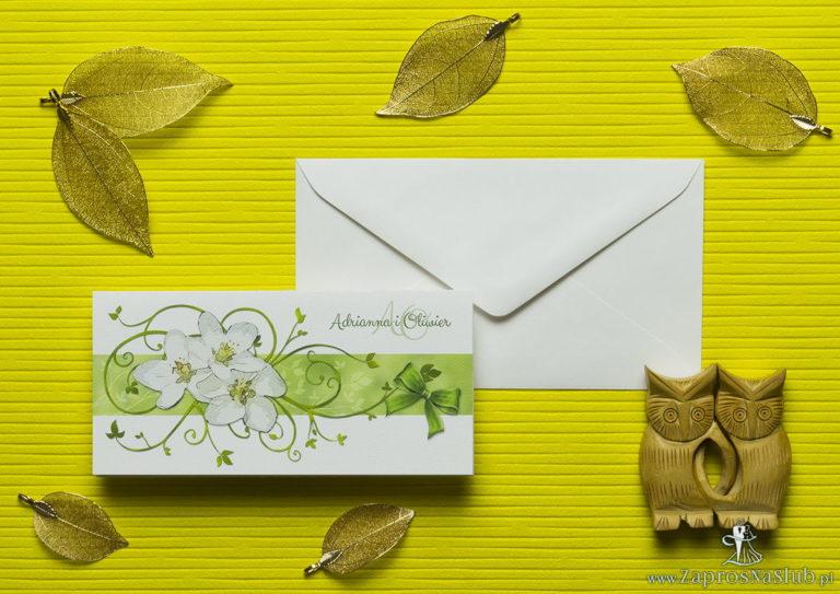 Nietuzinkowe kwiatowe zaproszenia ślubne z kwiatami jabłoni i motywem ozdobnym. ZAP-94-01 - ZaprosNaSlub
