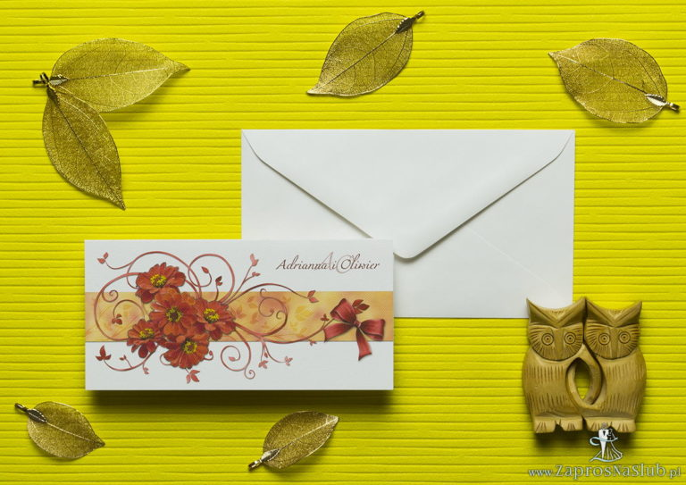 Nietuzinkowe kwiatowe zaproszenia ślubne z kwiatami gerbery i motywem ozdobnym. ZAP-94-14 - ZaprosNaSlub