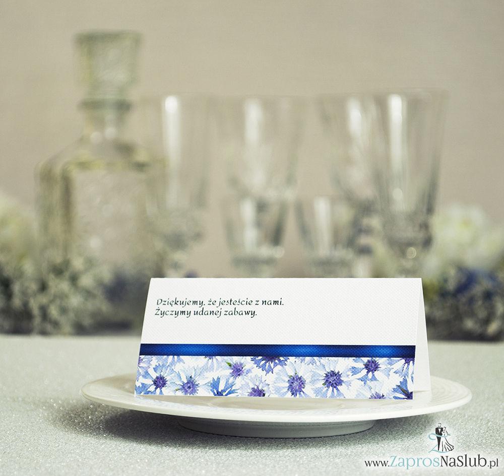 Kwiatowe winietki ślubne - składane na pół. Niebieskie chabry z malowaną, poziomą wstążką