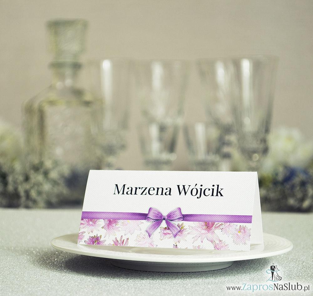 WIN-109 Kwiatowe winietki ślubne - składane na pół. Różowe kwiaty z malowaną, poziomą wstążką - zaproszenia na ślub zaproszenie ślubne