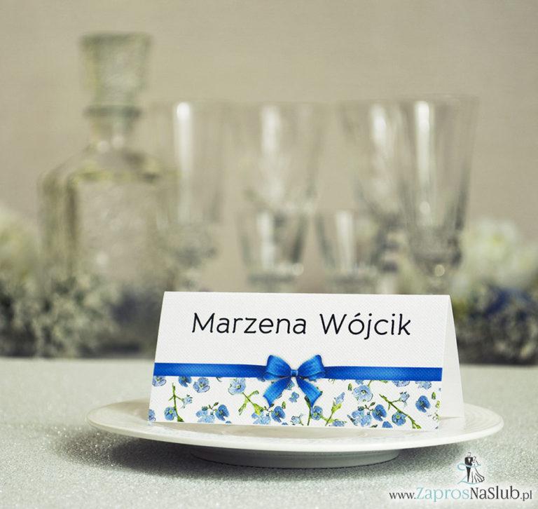 ZaprosNaSlub - Zaproszenia ślubne, personalizowane, boho, rustykalne, kwiatowe księga gości, zawieszki na alkohol, winietki, koperty, plany stołów - Kwiatowe winietki ślubne – składane na pół. Niebiesko zielony motyw kwiatowy z malowaną, poziomą wstążką
