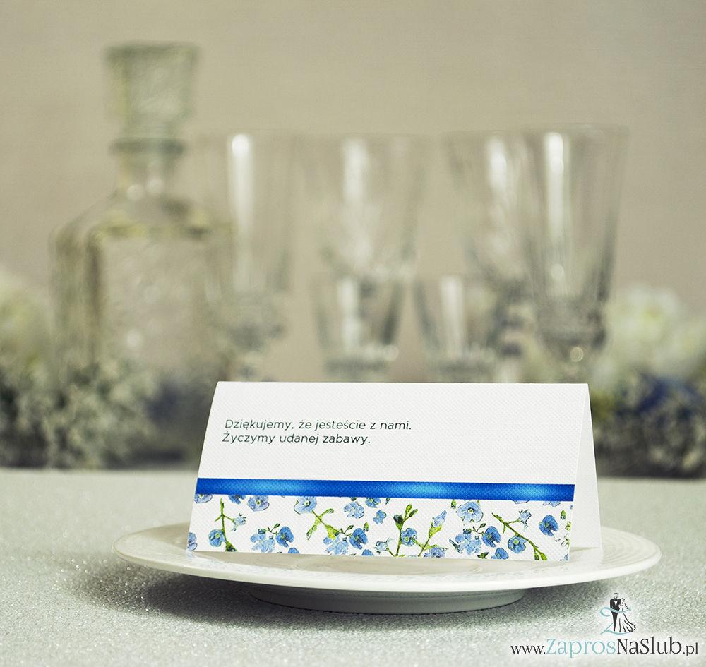 WIN-111 Kwiatowe winietki ślubne - składane na pół. Niebiesko zielony motyw kwiatowy z malowaną, poziomą wstążką - zaproszenia na ślub zaproszenie ślubne rew