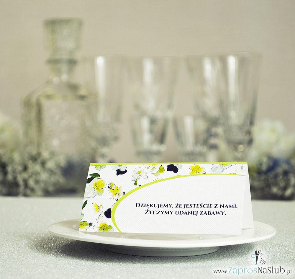 WIN-320 Kwiatowe winietki ślubne - składane na pół winietki z kwiatami bratków, prostokątem oraz malowaną kokardką - Zaproszenia ślubne - na ślub rew
