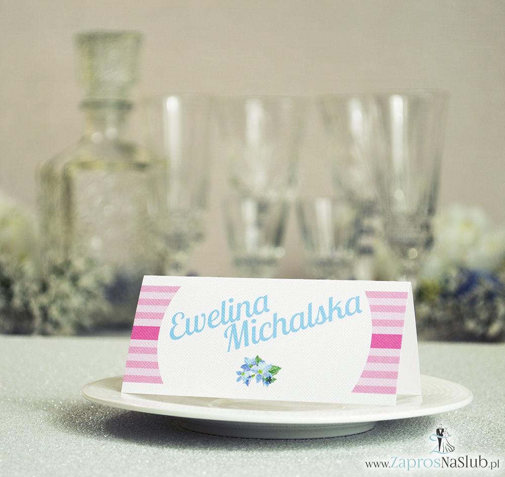 WIN-614 Kwiatowe winietki ślubne - składane na pół winietki z błękitnymi kwiatami pasujące do kolekcji z wiankami - Zaproszenia ślubne - na ślub