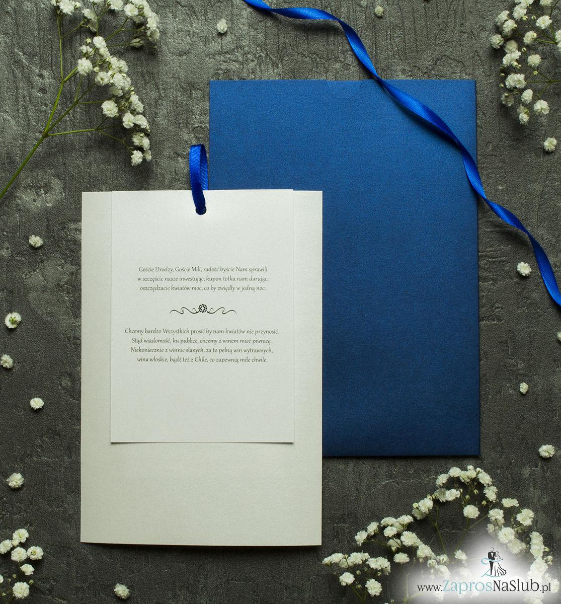 Zaproszenia ślubne w kopercie z niebieskiego, perłowego papieru. ZAP-62-86