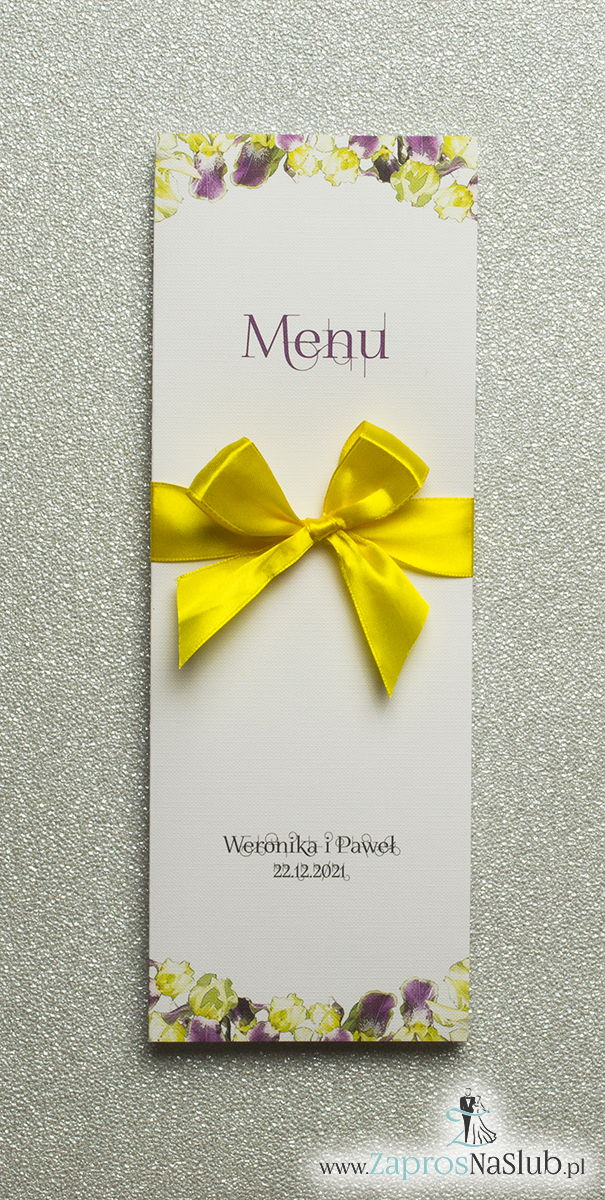 Kwiatowe menu weselne – składane na pół menu z kwiatami irysa oraz żółtą wstążką - ZaprosNaSlub