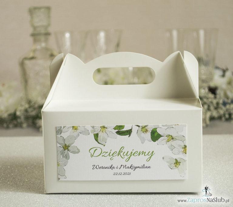 Kwiatowe pudełka na ciasta – podziękowania dla gości w formie pudełek na ciasto z motywem kwiatów jabłoni - ZaprosNaSlub