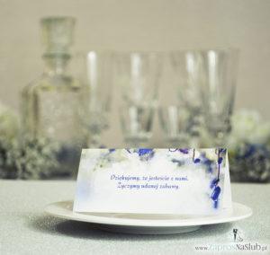 Wiosenne winietki ślubne z fioletowymi kwiatami dzwonka karpackiego