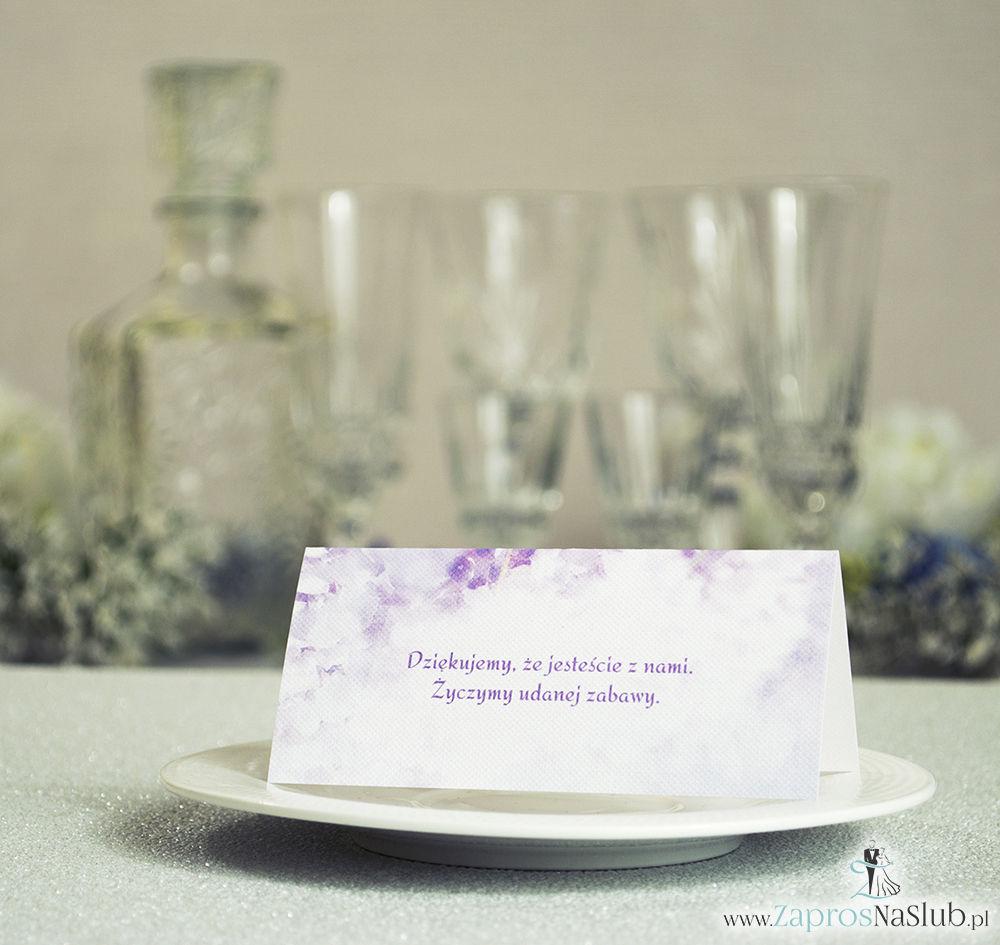 Wiosenne winietki ślubne z różowymi kwiatami łubinu