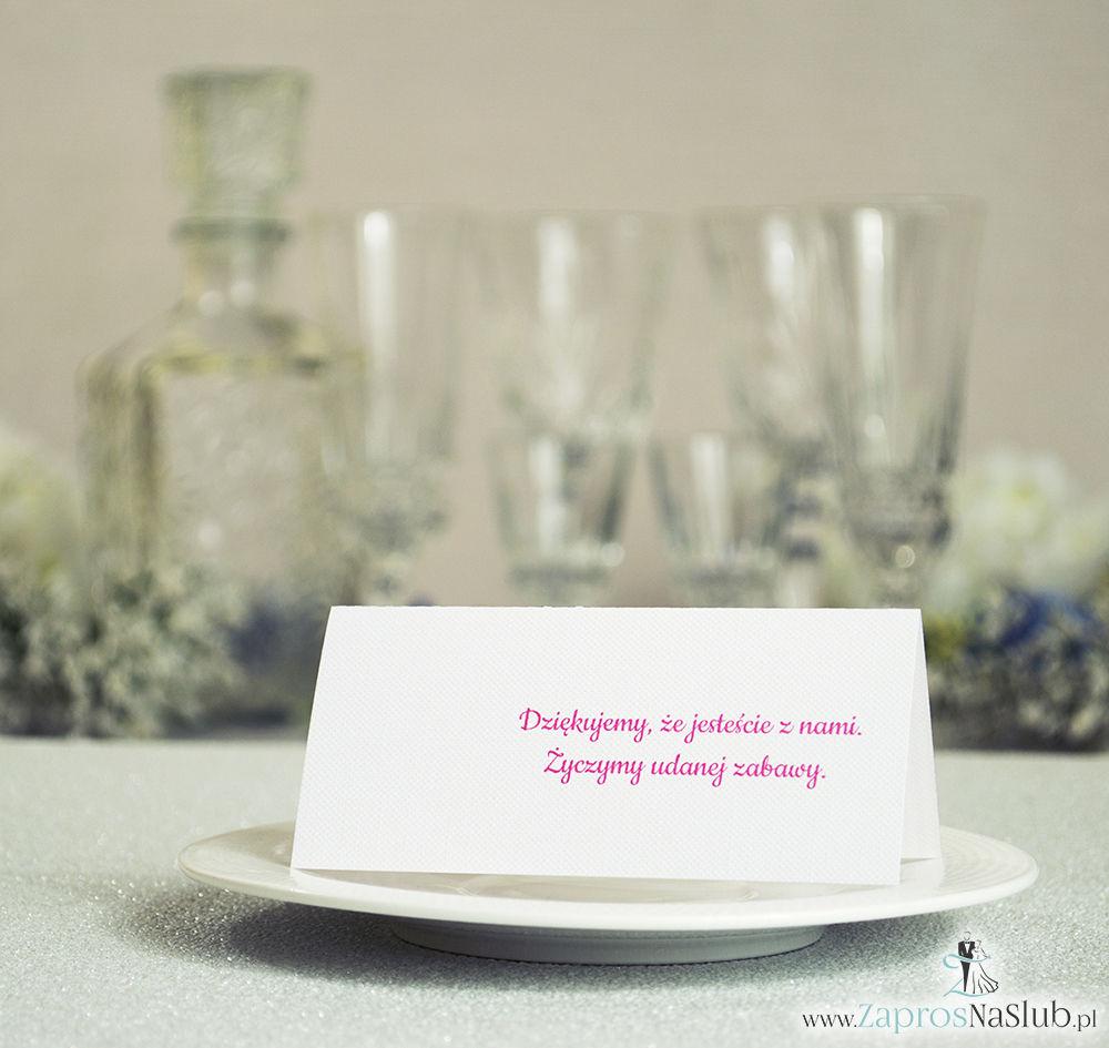 Eleganckie winietki ślubne z czarno-białymi paskami i cyrkonią