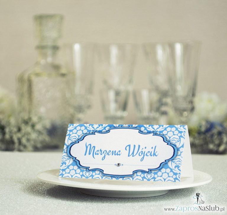 Eleganckie winietki ślubne z błękitno-białym florystycznym ornamentem i cyrkonią - ZaprosNaSlub