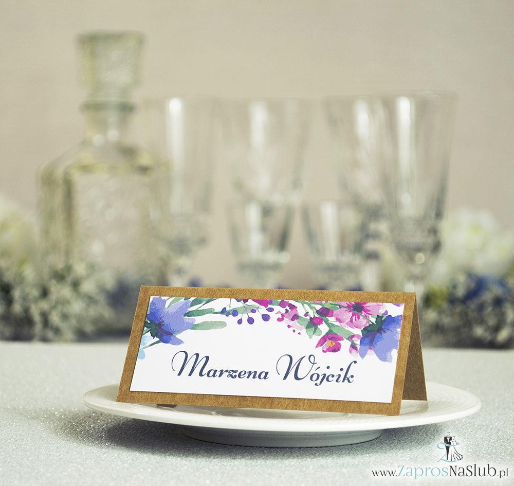 Kwiatowe winietki ślubne eko - składane na pół winietki z polnymi kwiatami w kilku odcieniach: niebieskim, różowym, fioletowym i khaki