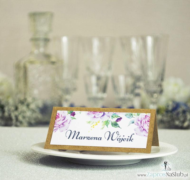 WIN-2718 Kwiatowe winietki ślubne eko - składane na pół winietki z kwiatami oraz pąkami jasnoróżowych róż - Zaproszenia ślubne na ślub