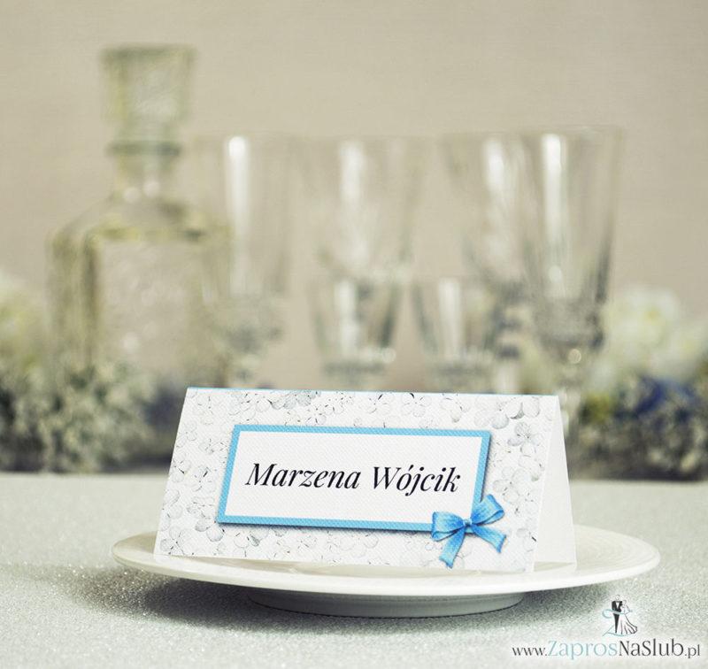 WIN-318 Kwiatowe winietki ślubne - składane na pół winietki z kwiatami kaliny, prostokątem oraz malowaną kokardką - Zaproszenia ślubne na ślub
