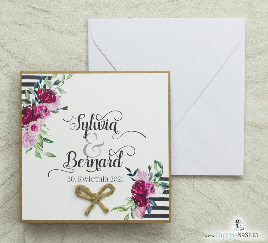 modne-zaproszenia-ślubne-z-piękną-czcionką-sznurkiem-jutowym-czarnymi-białymi-pasami-róże-zielone-liście-papier-eko-kreda