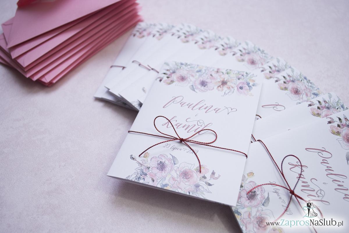 Modne zaproszenia ślubne kwiatowe. Kwiaty róż i ich kontury. Nowoczesna ozdobna czcionka. Sznurek metalizowany czerwony. ZAP-35-02