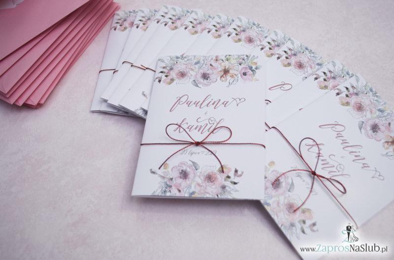 Modne zaproszenia ślubne kwiatowe. Kwiaty róż i ich kontury. Nowoczesna ozdobna czcionka. Sznurek metalizowany (6)