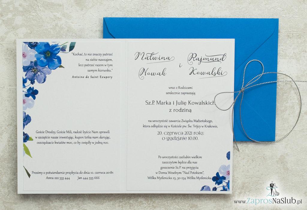 kwiatowe-zaproszenia-ślubne-z-wklejanym-wnętrzem-i-srebrnym-metalizowanym-sznurkiem-oraz-niebieską-kopertą