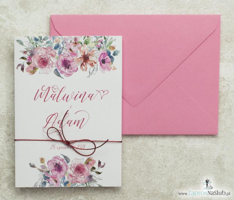 modne-zaproszenia-ślubne-z-kwiatami-i-konturami-nowoczesną-czcionką-metalizowanym-sznurkiem-różową-kopertą
