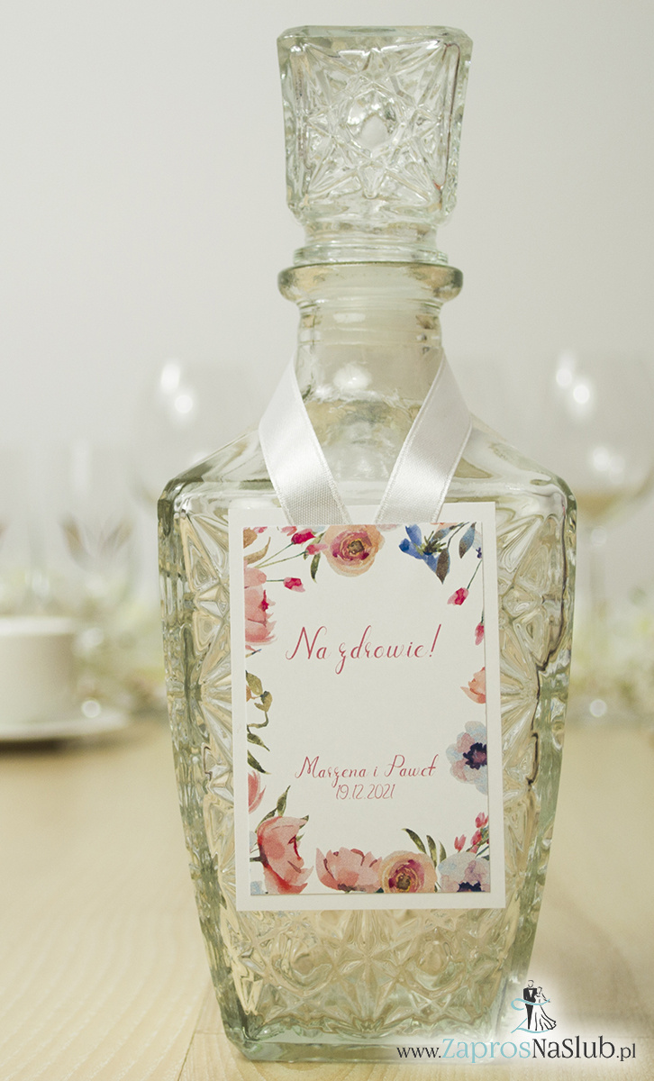 modne-zawieszki-na-alkohol-kwiatowy-wzór-dookoła-podwójnie-klejone