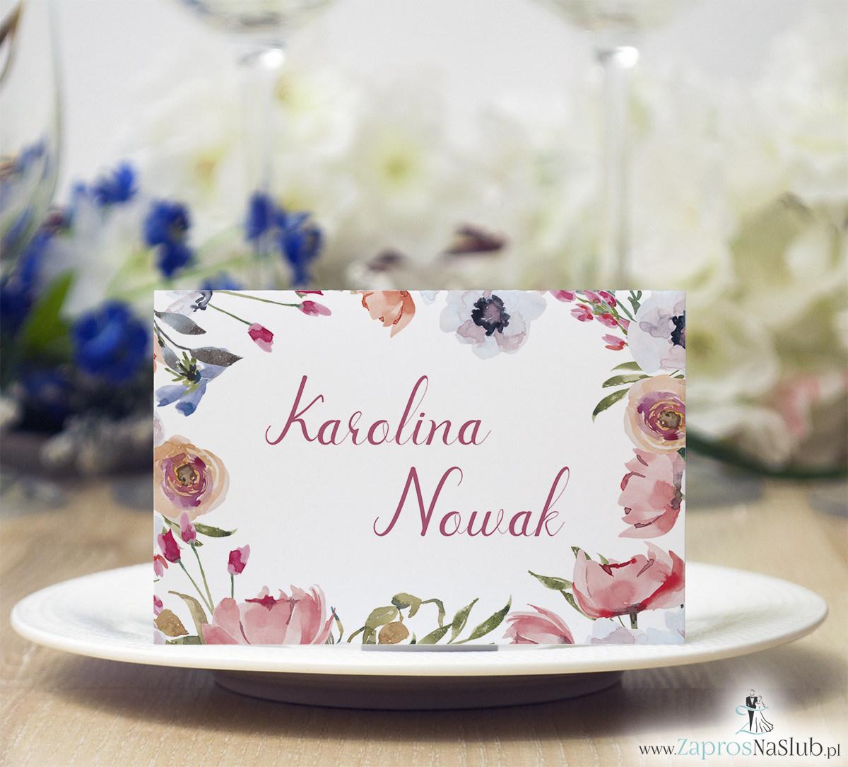 Modne winietki ślubne kwiatowe. Piękne kwiaty otaczające tekst, bardzo modna czcionka, WIN-10006