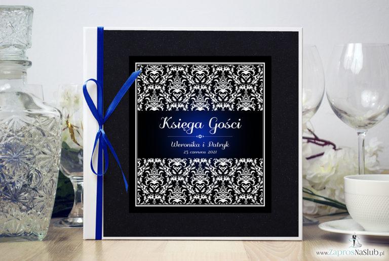 Bardzo elegancka księga gości z czarno-białym eleganckim damaskiem z błękitna poświatą, czarnym papierem perłowym. KSG-10020 - ZaprosNaSlub