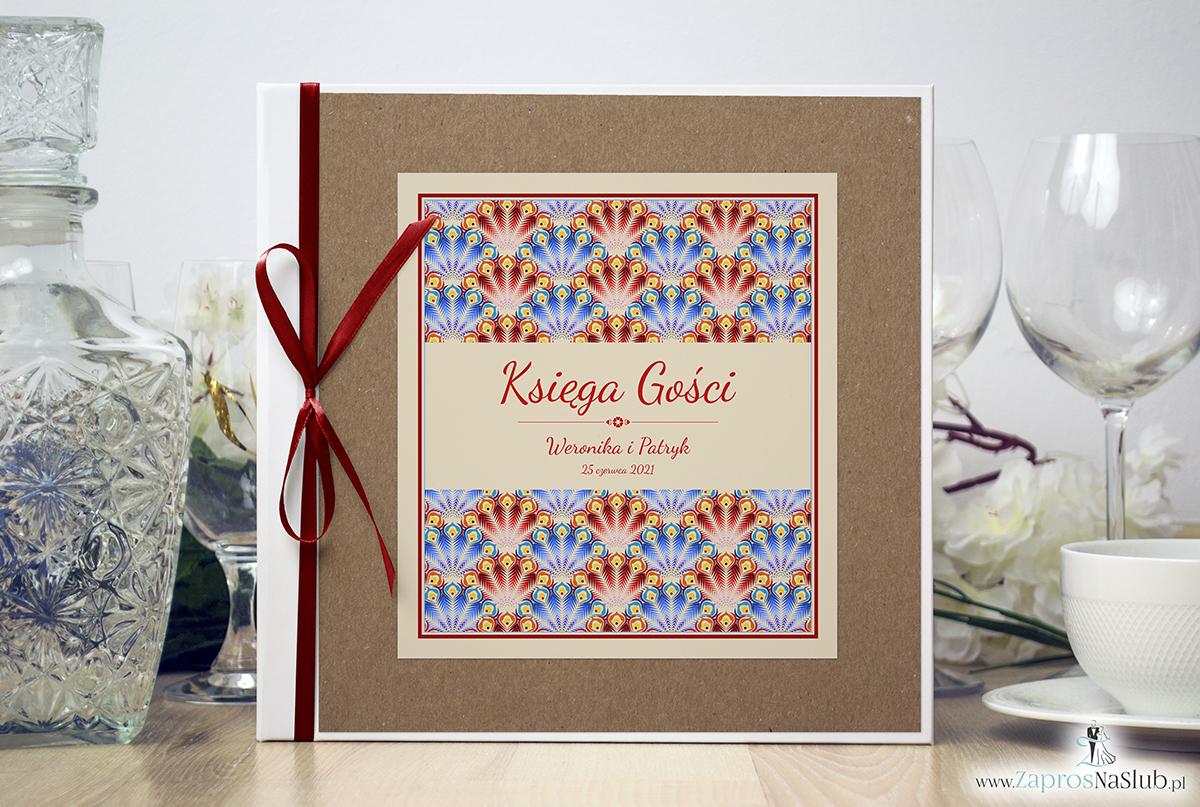 Bardzo elegancka księga gości z czerwonymi i niebieskimi pawimi piórami, różowymi elementami, papierem eko. KSG-10008