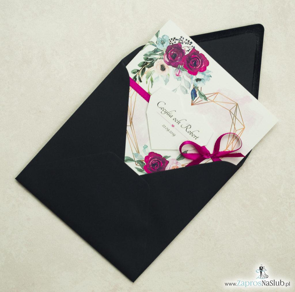 Modne zaproszenia ślubne z geometrycznym sercem oraz bordowymi i różowymi różami. ZAP-41-06 - zaprosnaslub.pl z kopertą