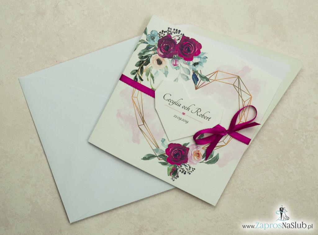 Modne zaproszenia ślubne z geometrycznym sercem oraz bordowymi i różowymi różami. ZAP-41-06 - zaprosnaslub.pl ze wstążką