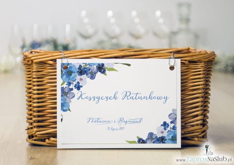 ZaprosNaSlub - Zaproszenia ślubne, personalizowane, boho, rustykalne, kwiatowe księga gości, zawieszki na alkohol, winietki, koperty, plany stołów - Koszyczek ratunkowy z niebieskimi kwiatami i srebrnym sznurkiem. KOS-10004