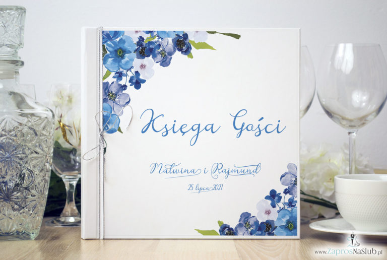 ZaprosNaSlub - Zaproszenia ślubne, personalizowane, boho, rustykalne, kwiatowe księga gości, zawieszki na alkohol, winietki, koperty, plany stołów - Księga gości weselnych z niebieskimi kwiatami polnymi i metalizowanym sznurkiem w kolorze srebrnym. KSG-10003