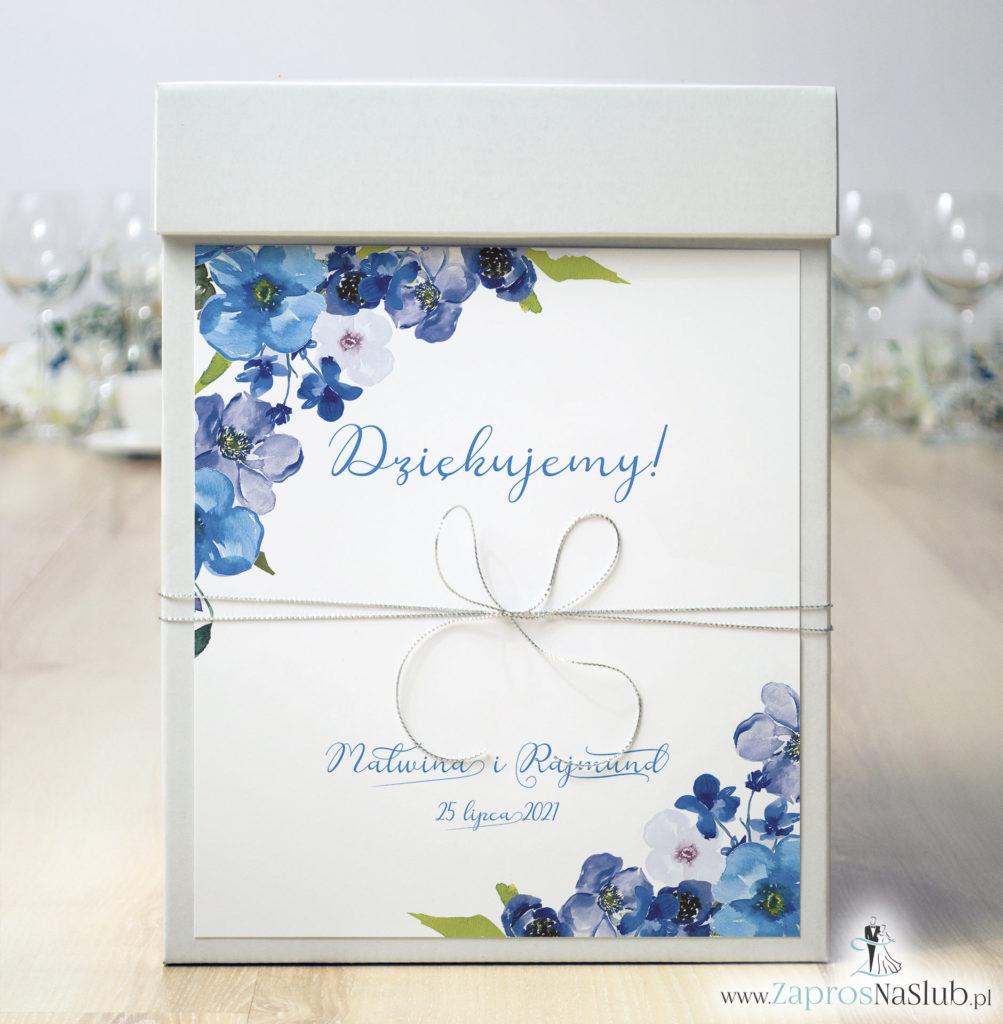 modne-pudełko-na-koperty-srebrny-sznurek-niebieskie-kwiaty