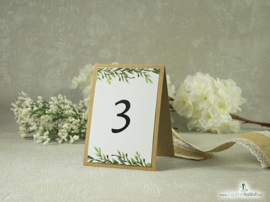 Numer stołu w stylu rustykalnym z zielonymi liśmi w kształcie litery A samostojący NNS-111-1