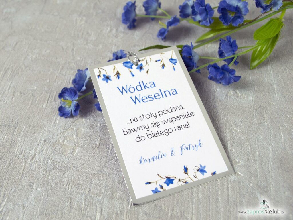 Eleganckie zawieszki na alkohol na srebrnym papierze z efektem lustra, oraz kwiatami dzwonków na srebrnym metalizowanym sznurku ZAW-124-1-min