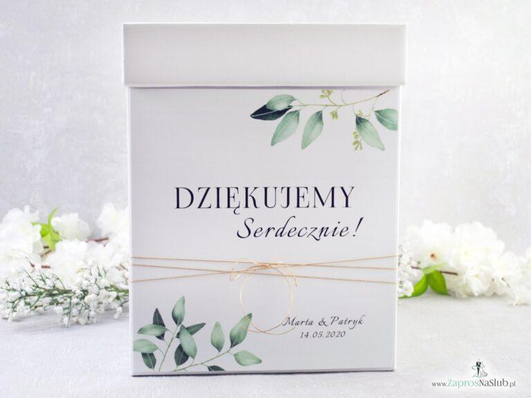 Pudełko na koperty w stylu rustykalnym z motywem gałązek z zielonymi liśćmi. PNK-115-min