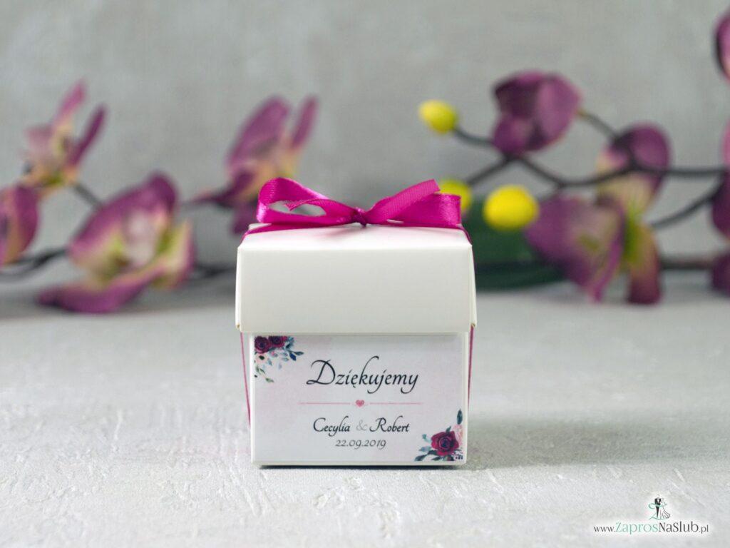 Pudełko na słodkości, podziękowanie dla gości z motywem bordowych i różowych róż PNSL-41-06