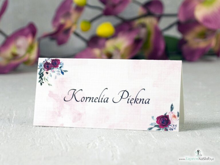 ZaprosNaSlub - Zaproszenia ślubne, personalizowane, boho, rustykalne, kwiatowe księga gości, zawieszki na alkohol, winietki, koperty, plany stołów - Modne winietki kwiatowe z bordowymi i różowymi różami oraz tłem. WIN-41-06