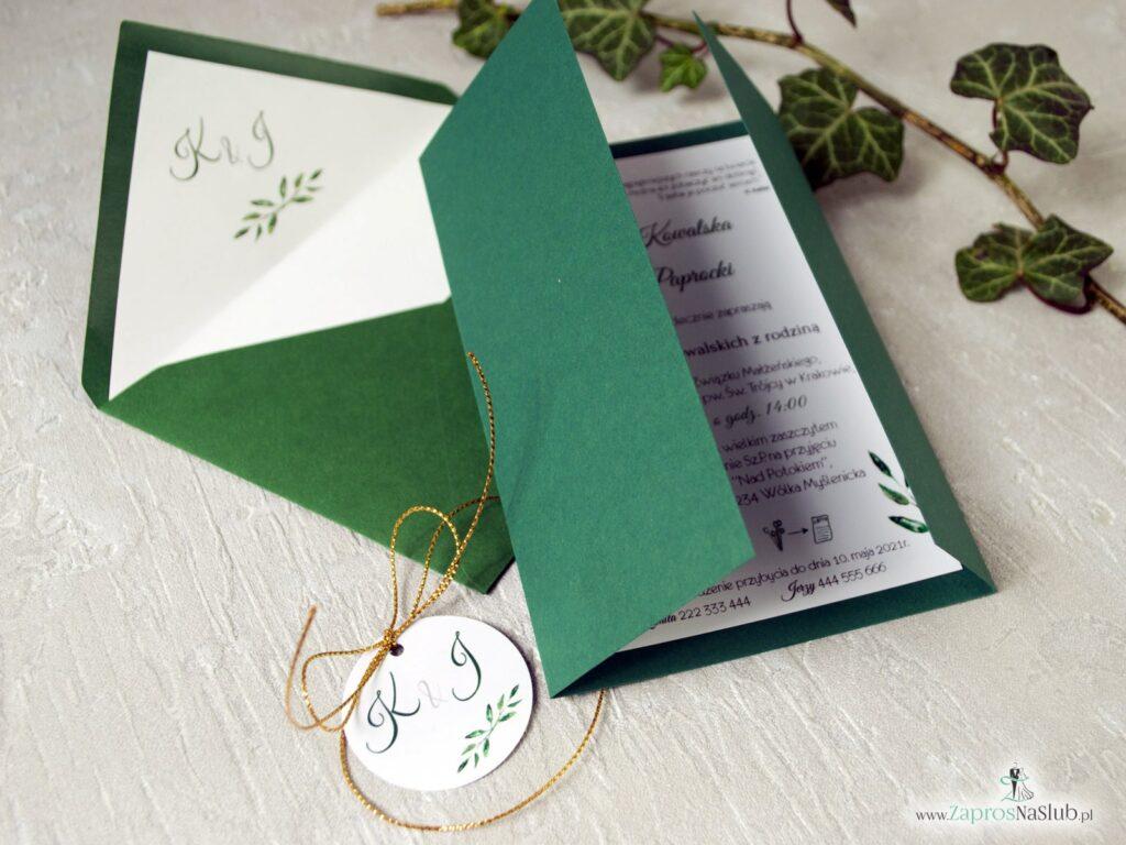 Zaproszenie ślubne w kolorze zielonym z delikatnym motywem zielonych listków ZAP-125-min