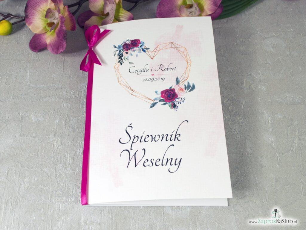Śpiewnik na wesele z motywem serca, geometryczny wzór, bordowe i różowe róże. Kwiaty róży i kolorowe delikatne tło. SPW-41-06