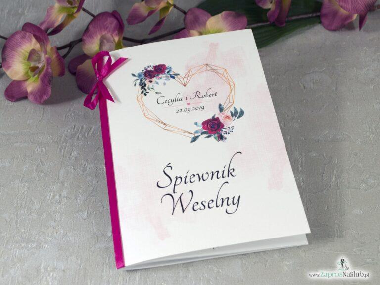 Geometryczne serce na śpiewniku weselnym z dodatkiem bordowych i różowych róż SPW-41-06