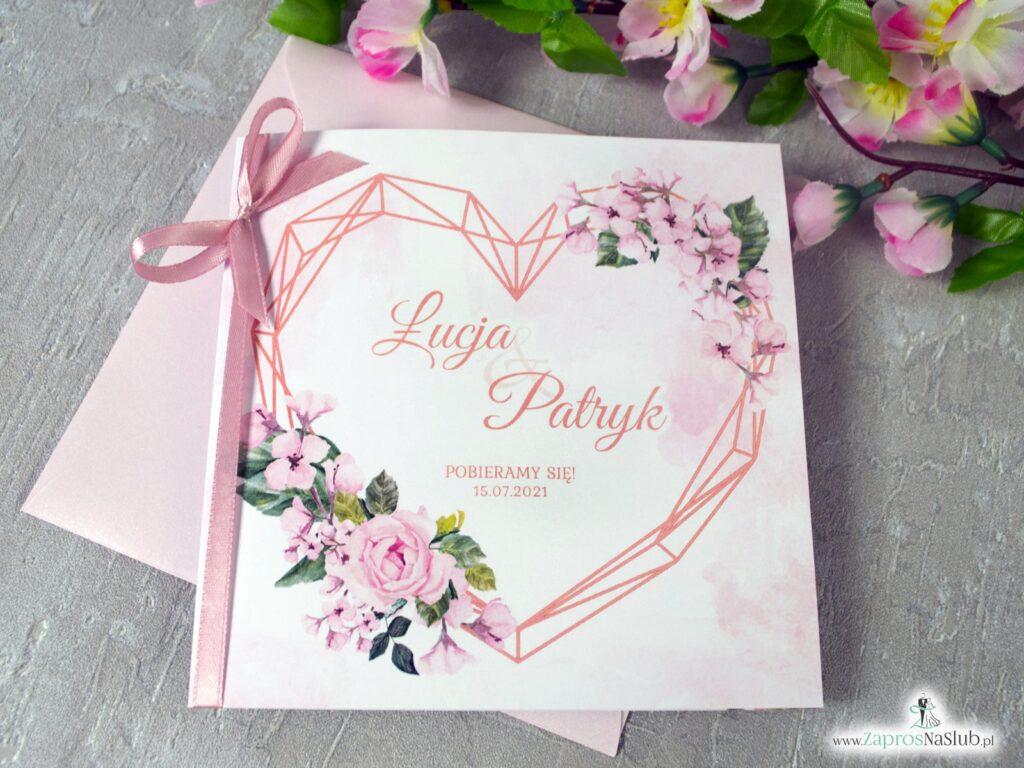 Modne zaproszenia na ślub z różowymi kwiatami i geometrycznym sercem ZAP-41-23-min
